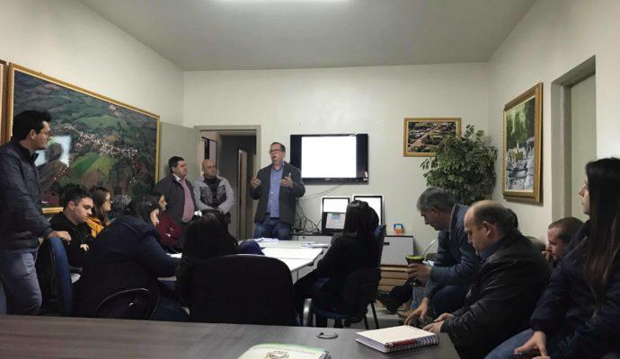 Ações do Programa de Educação Fiscal é tema de reunião em São José das Missões/RS.