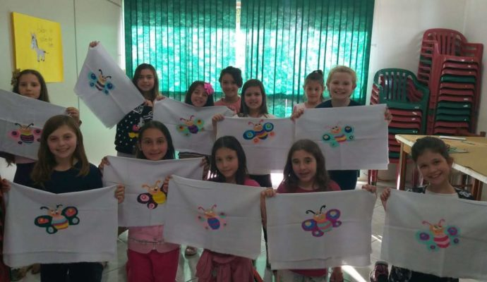 CRAS realiza atividades em grupos.